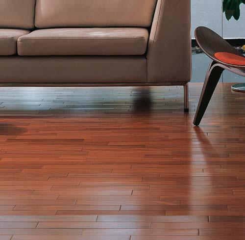 Como cuidar do piso de madeira de maneiracorreta